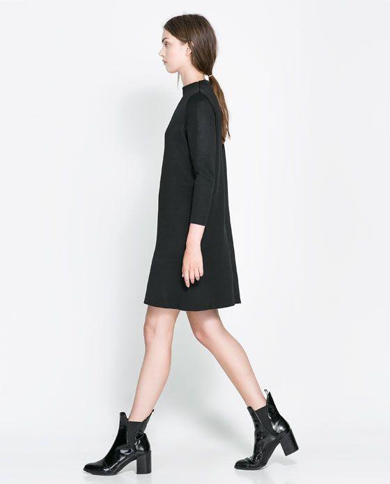 Rebajas de Zara 2014 - Vestido cuello chimenea, manga larga