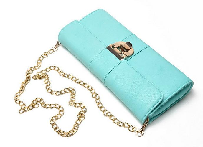 El color de moda para el 2014 - Clutch