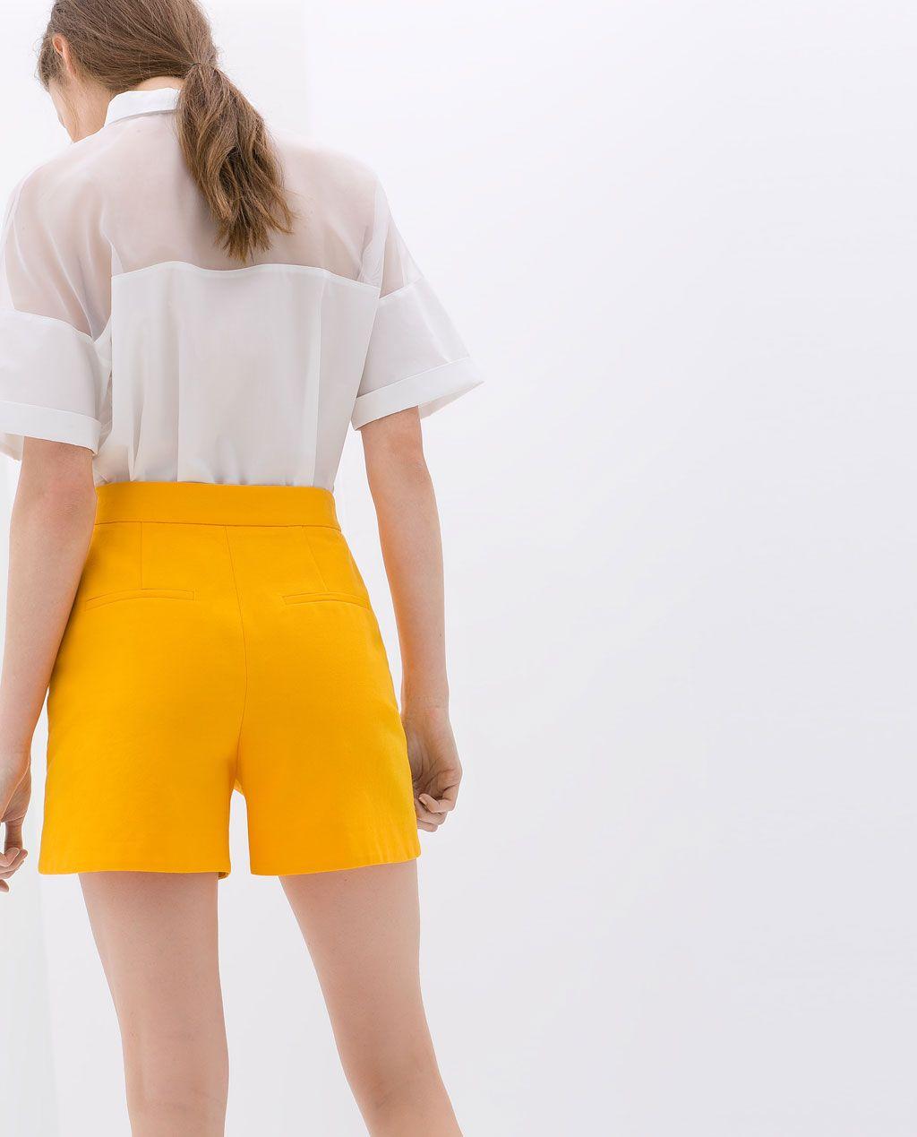 Color de moda para el verano - Bermudas