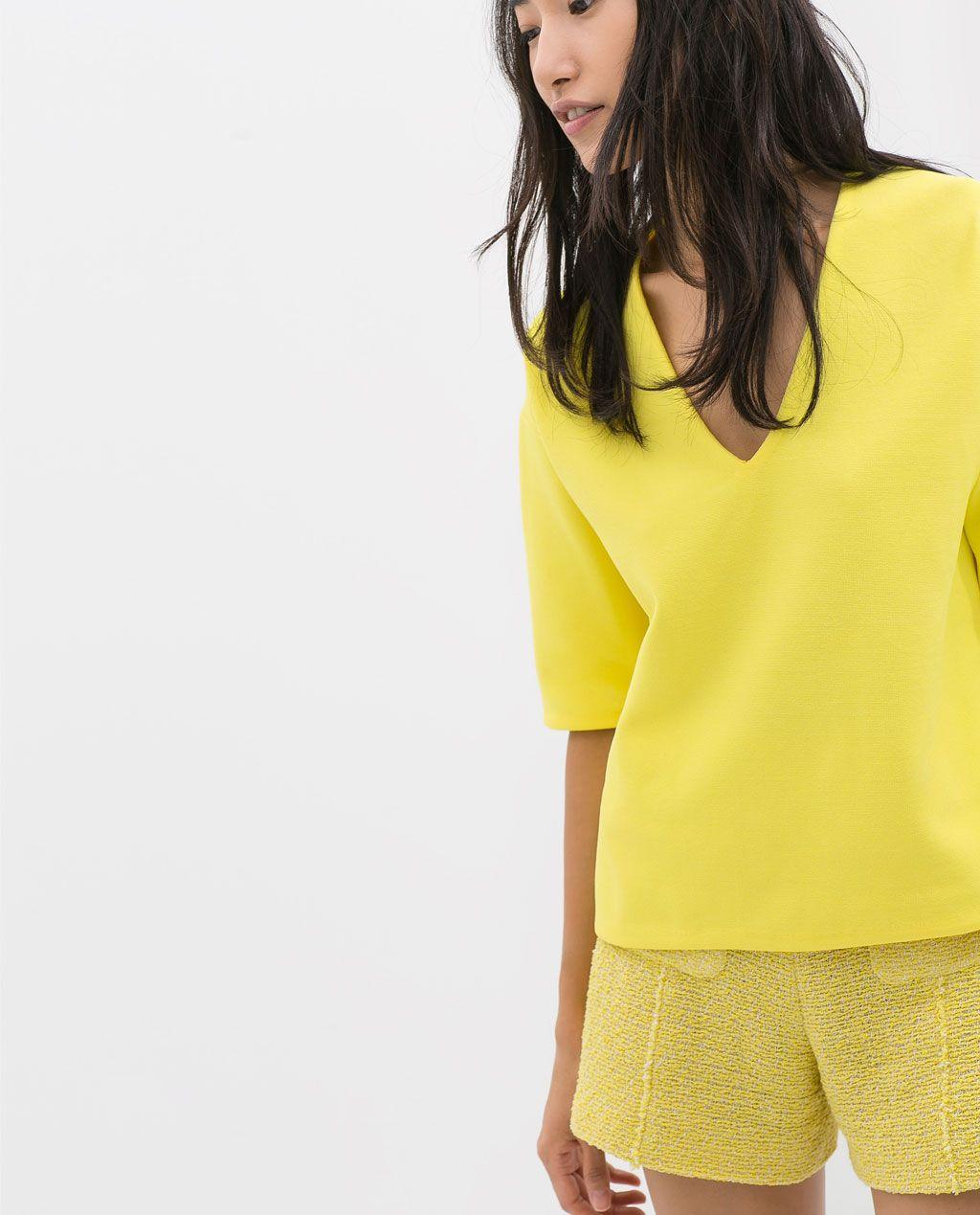 Color de moda para el verano - Camiseta punto