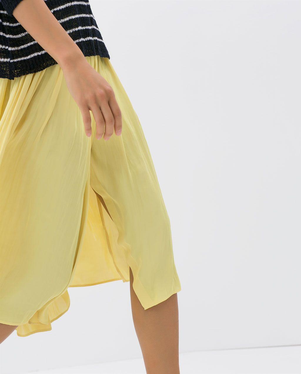 Color de moda para el verano - Falda fluida