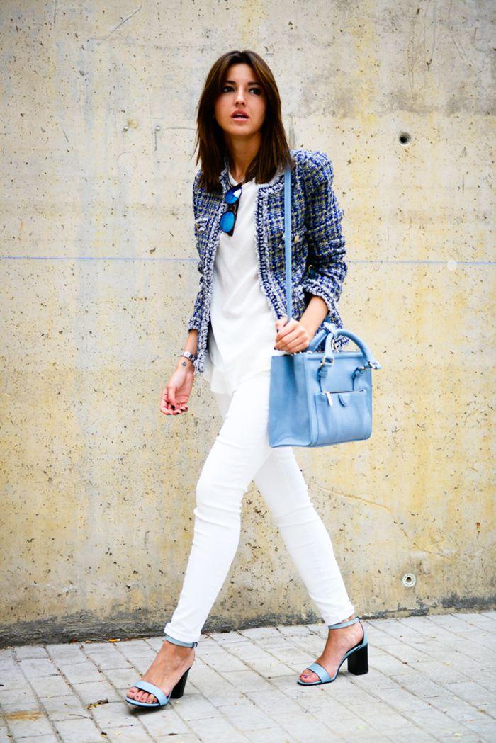 Alexandra de blanco y azul - tendencias de temporada