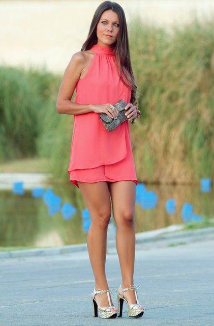 Combinar un vestido rojo - Complementos de purpurina