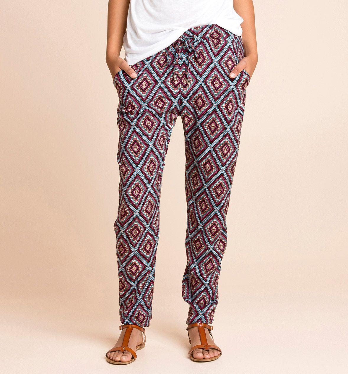 Pantalones con estampado étnico