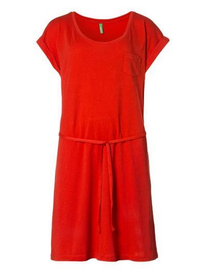 Catálogo Benetton Premamá - Vestido rojo