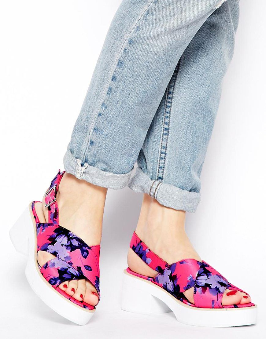 Tendencias primavera verano 2015 - Zapatos de estampado oriental