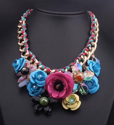 Tendencias primavera verano 2015 - Collar lady