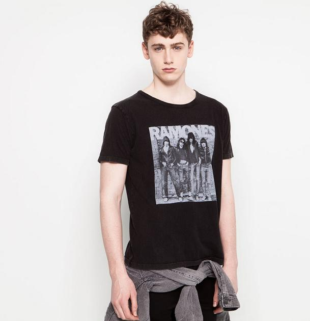Pull and Bear - Camiseta Ramones