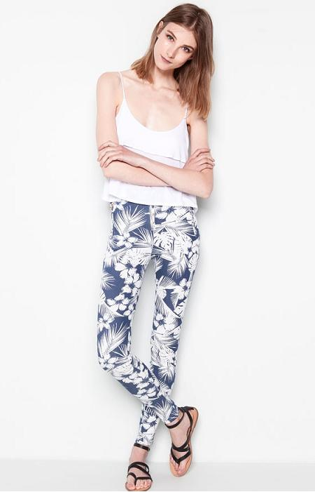 Pull and Bear online - Pantalón estampado