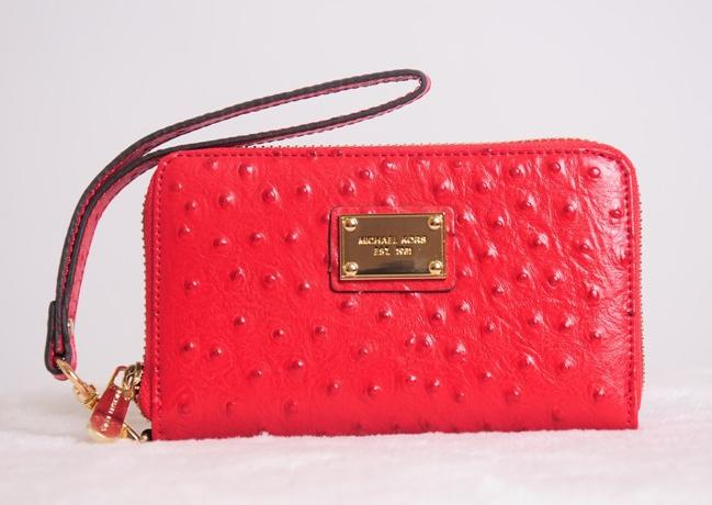 Cartera Michael Kors de piel con relieve