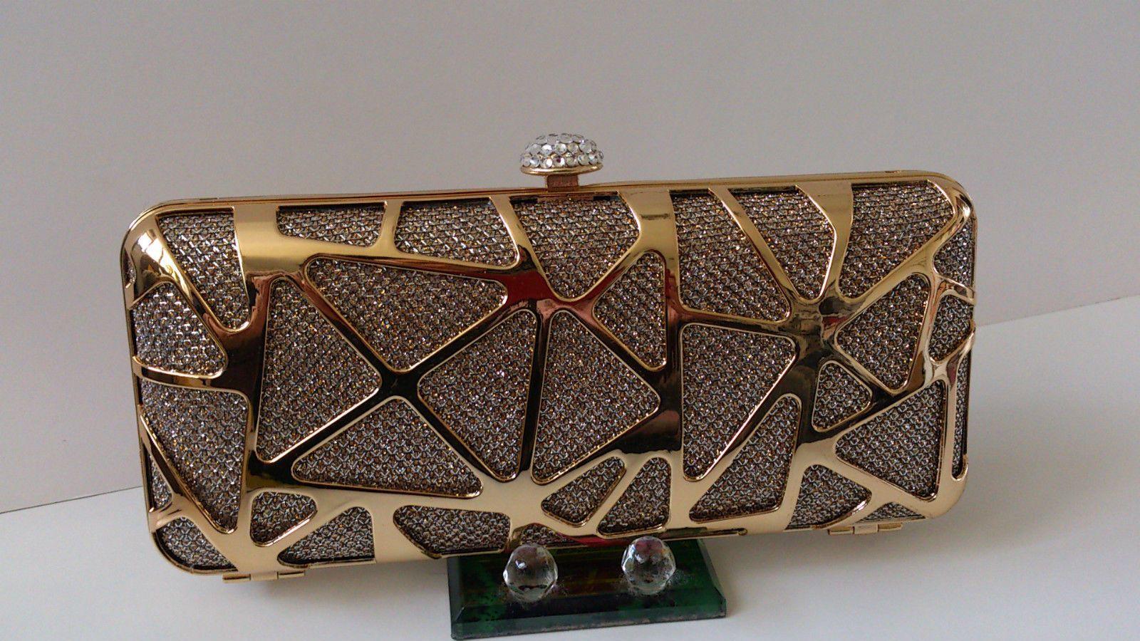 Clutch dorado - Tu Moda Online 3415cda248f1