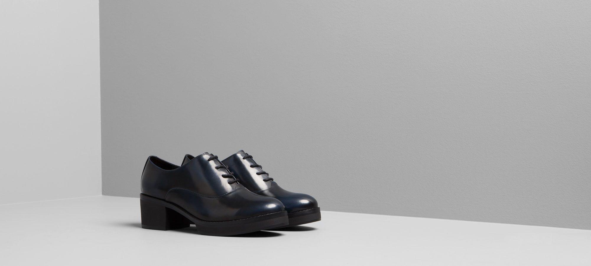 Zapatos Pull and Bear azul petróleo
