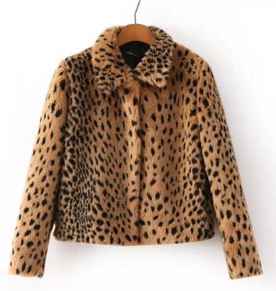 Abrigo de pelo estampado leopardo