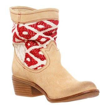 Botines y zapatos Desigual