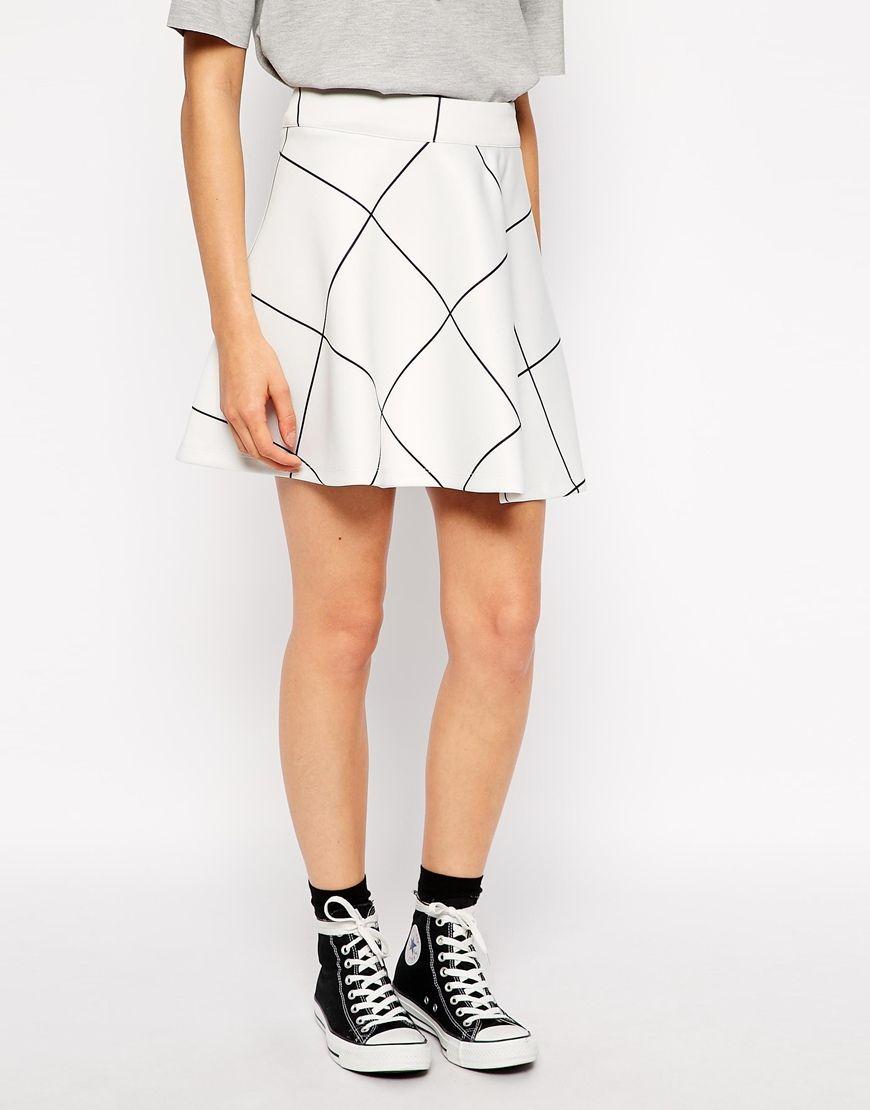 Tendencias de moda primavera-verano 2015 - Falda con vuelo
