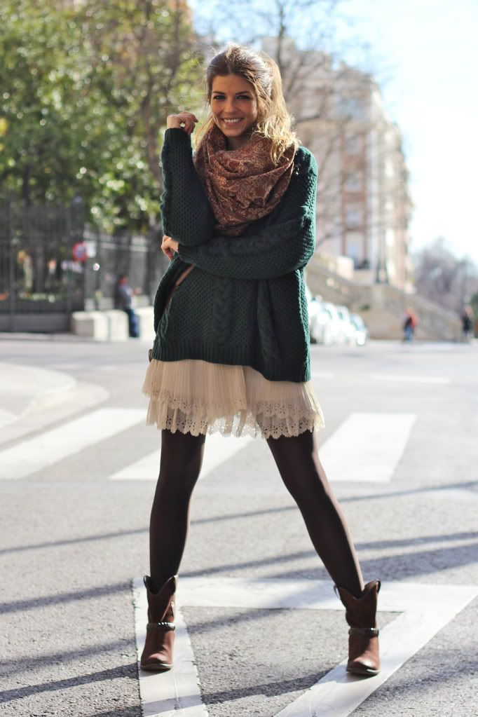 Jersey oversize con falda corta