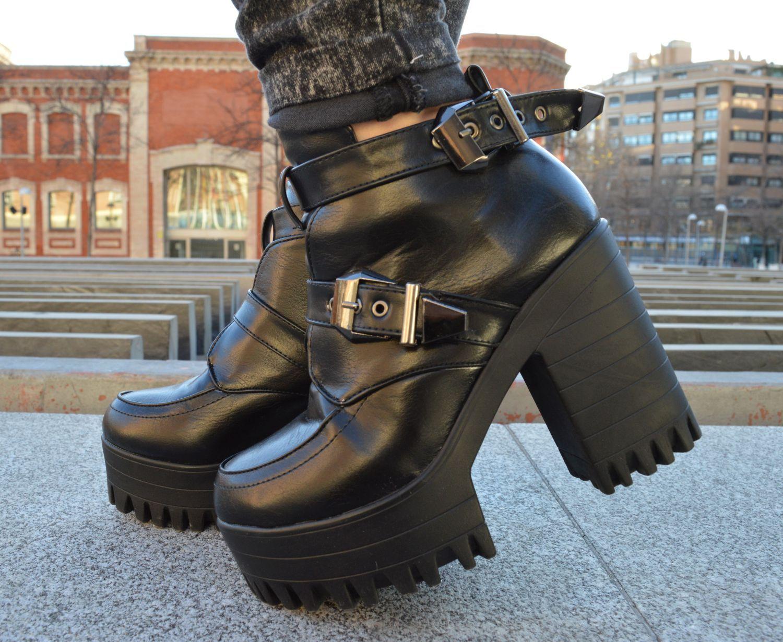 Zapatos rockeros con plataforma