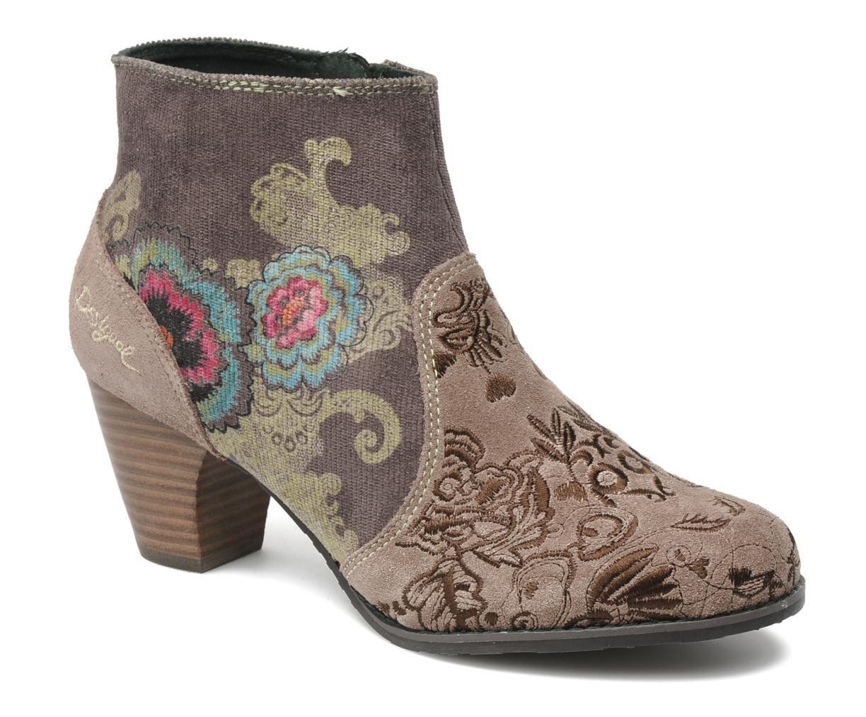 Zapatos desigual baratos en sarenza tu moda online for Armarios zapateros baratos online