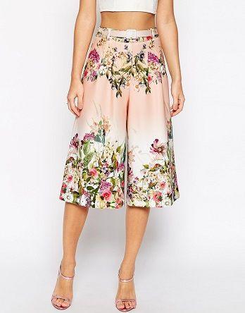 Pantalón midi de flores