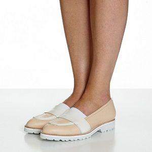 Zapatos planos de piel en rebajas