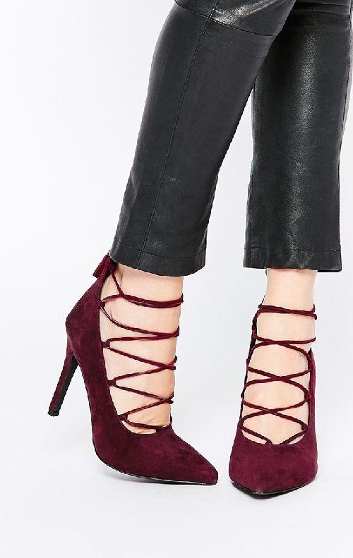 Zapatos de tacón con cordones color vino