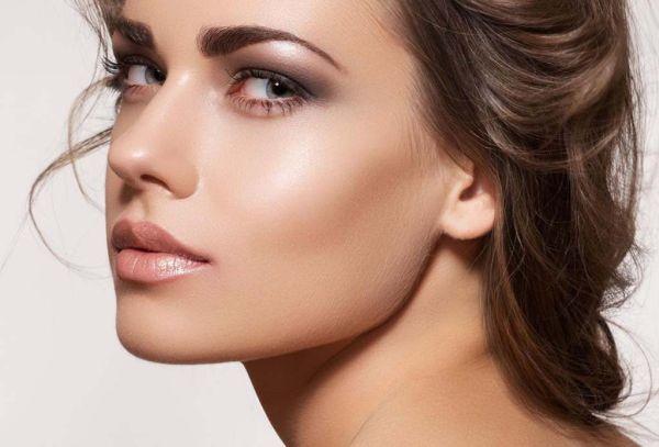 iluminar el rostro con maquillaje