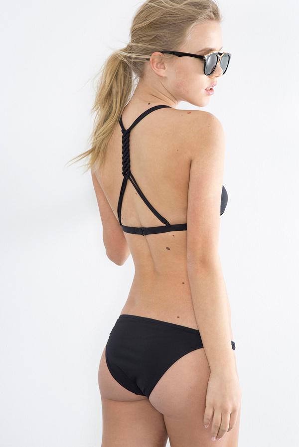 Bikinis negros