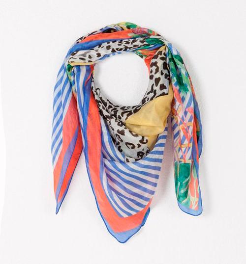 Pañuelos de seda estampados
