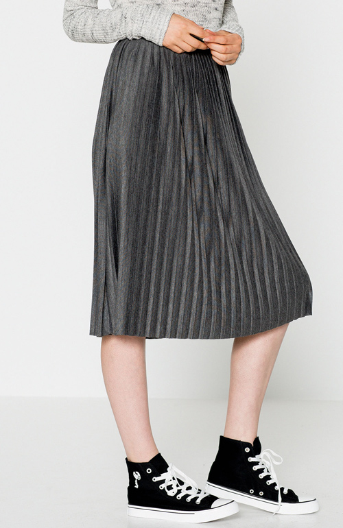 Falda metalizada midi