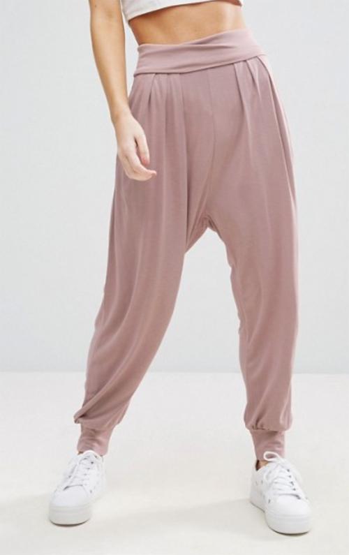 combinar unos pantalones cagaos