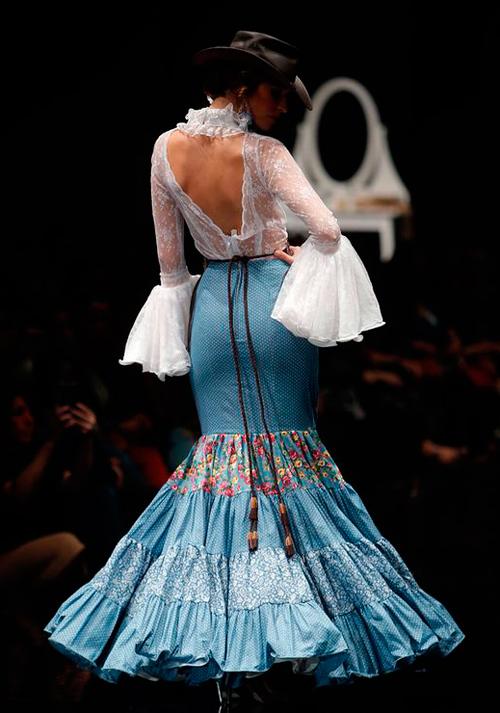 C mo combinar una falda flamenca para ir a la feria - Telas de flamenca online ...