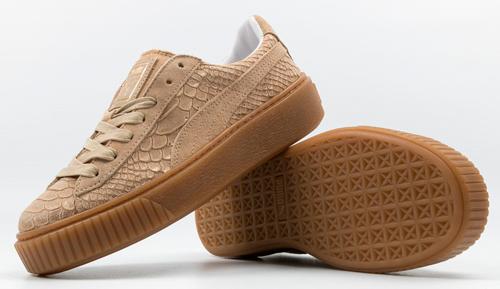 look con zapatillas