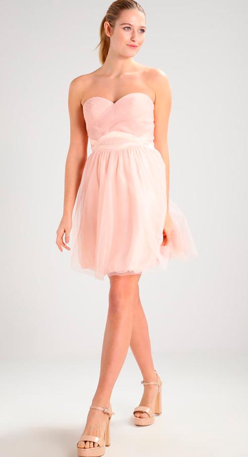 vestido escote corazón