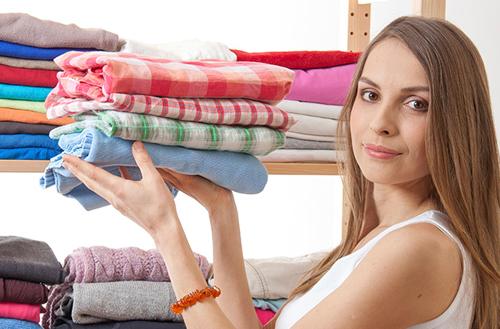 ropa limpia sin olor a humedad