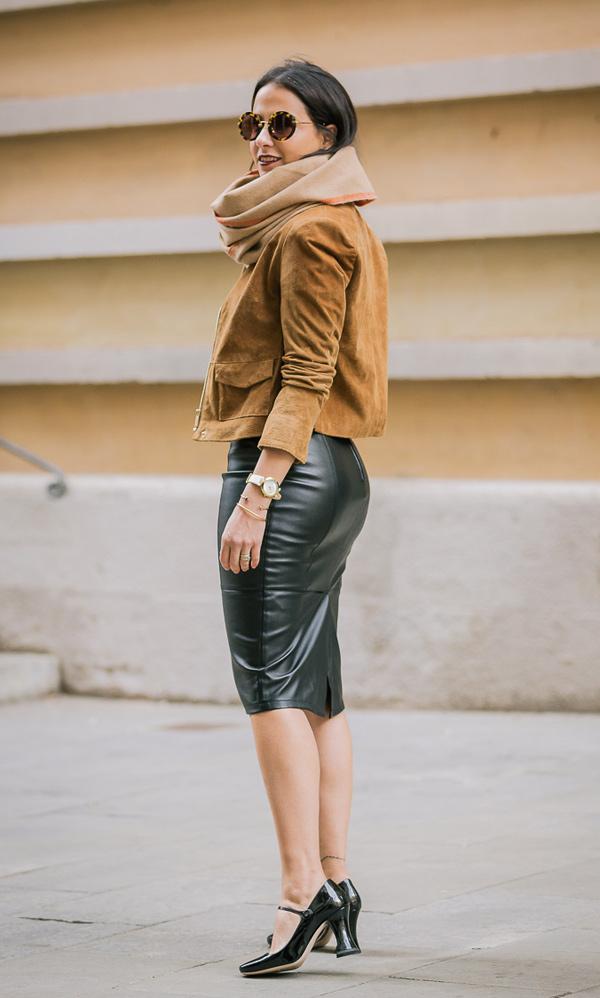 falda lapiz negra