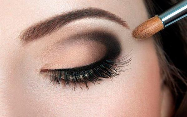 maquillaje ojo ahumado