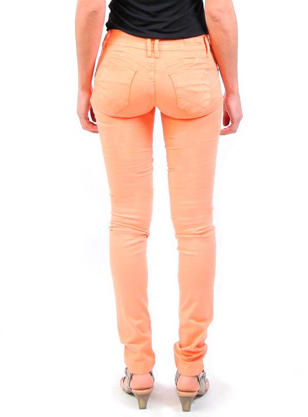 pantalones colombianos que son