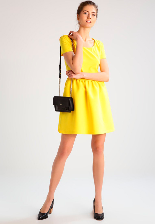 vestidos con manga corta