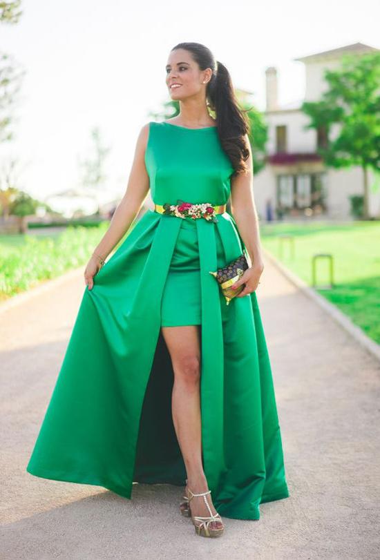 Vestido verde agua con accesorios