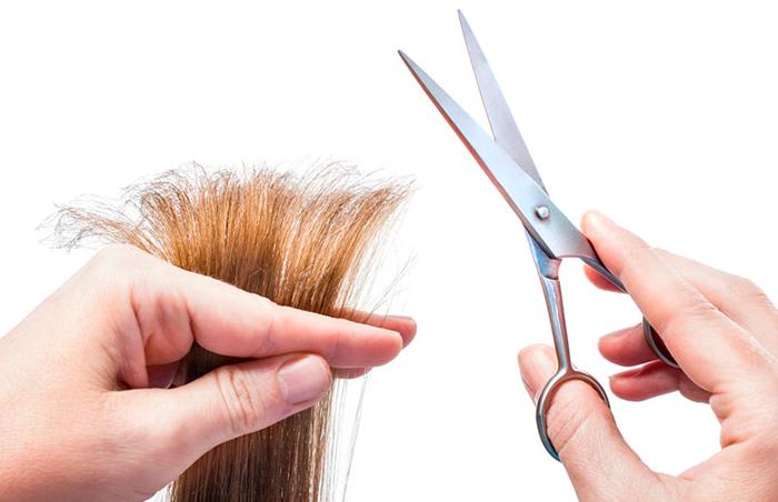 como cortarse el pelo una misma a capas