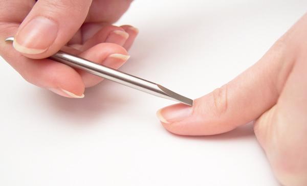 cuanto crecen las uñas en un mes
