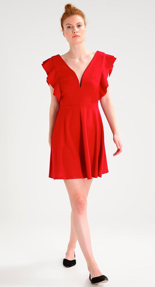 trajes rojos de fiesta