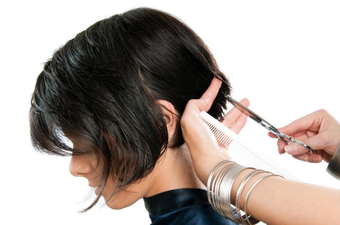 como me puedo cortar el pelo