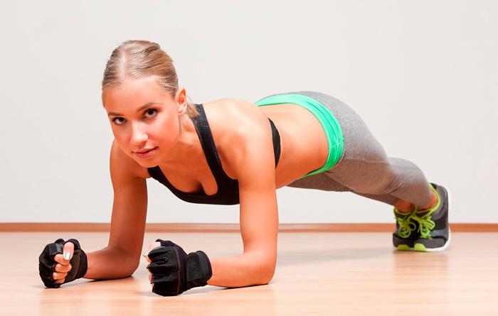 rutina de ejercicios para adelgazar y tonificar en casa