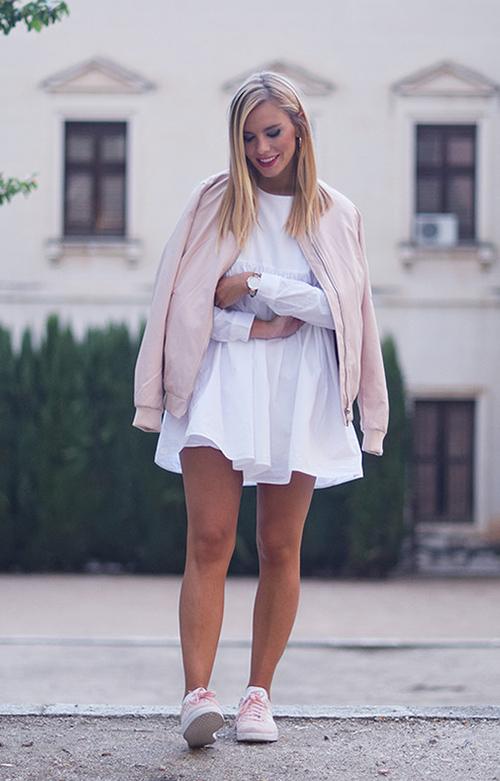 combinar adidas gazelle rosas