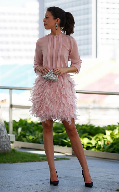 falda de plumas de segunda mano