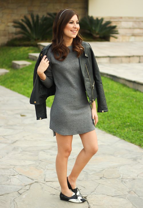 vestido con zapato plano