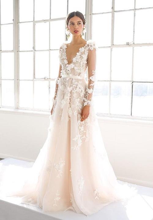 vestidos de novia corte sirena con escote en la espalda