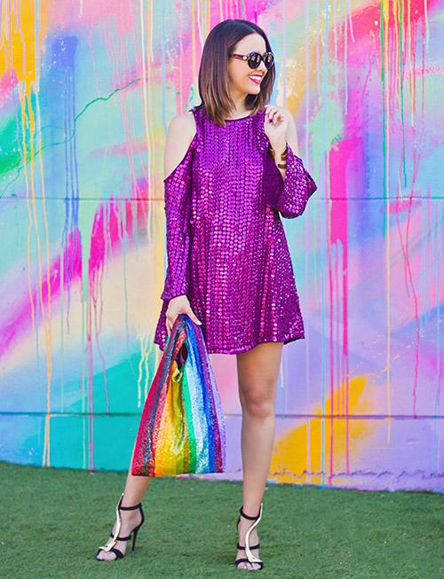 con que color de zapatos puedo combinar un vestido azul