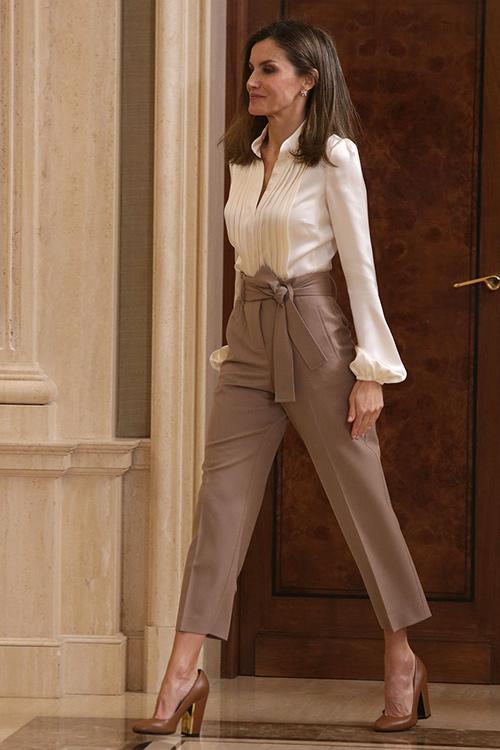 pantalones de lazo